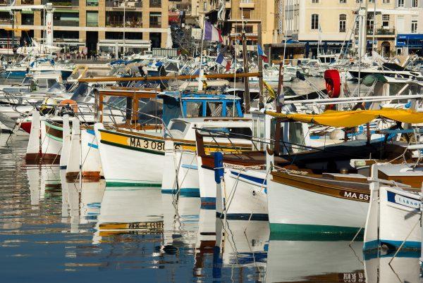 Zicht op de haven van Marseille